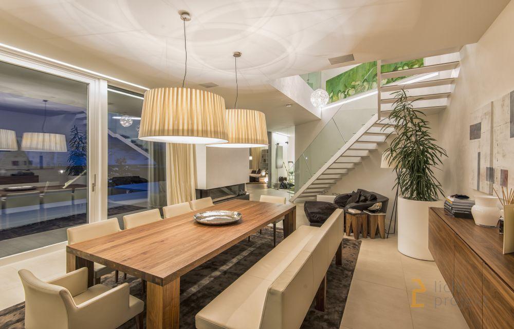 Lichtprojekt LED Beleuchtung Villa PE007